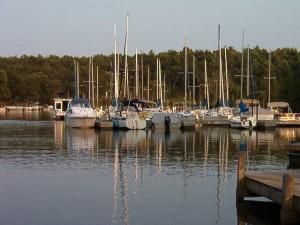 Barnum Bay Marina on Lake Petenwell